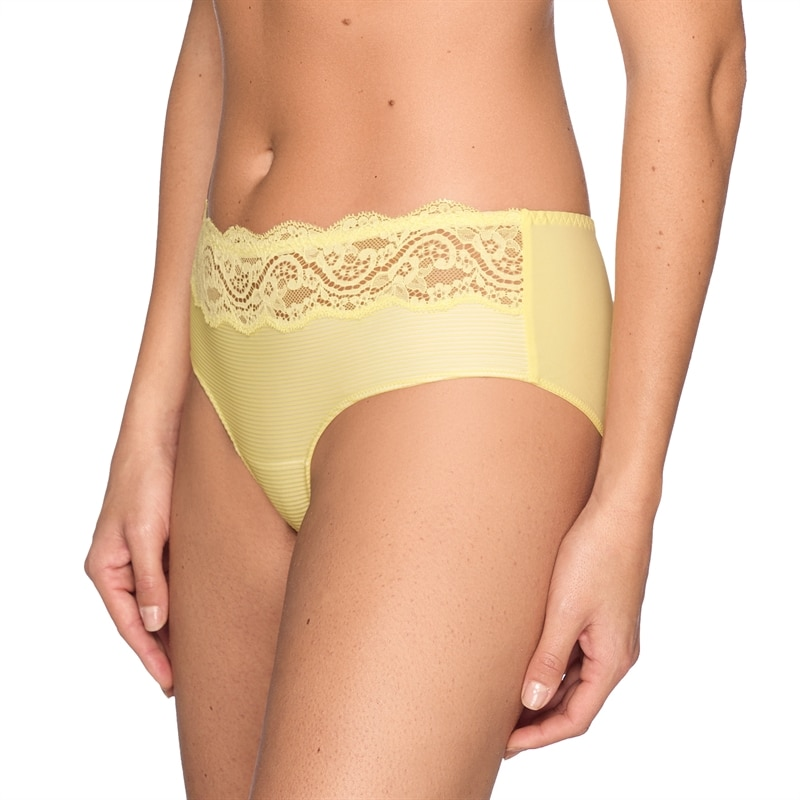 gul-hipstertrosa-look-at-me-yellow lace hotpants-0541532-pineappleps_0541532_ANA_2